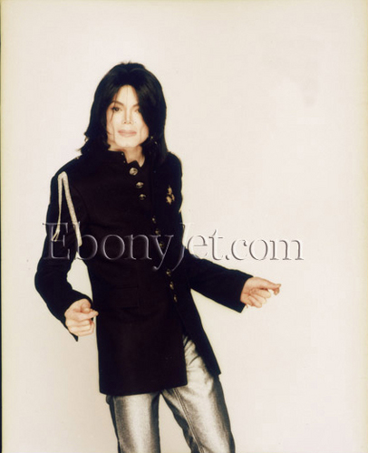 michael-jackson-on-the-december-2007-ebony-magazine(348)-m-17.jpg
