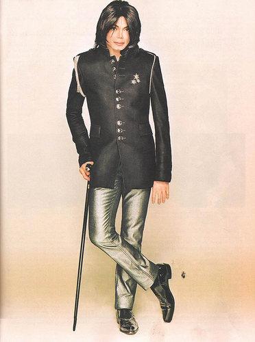 michael-jackson-on-the-december-2007-ebony-magazine(348)-m-4.jpg